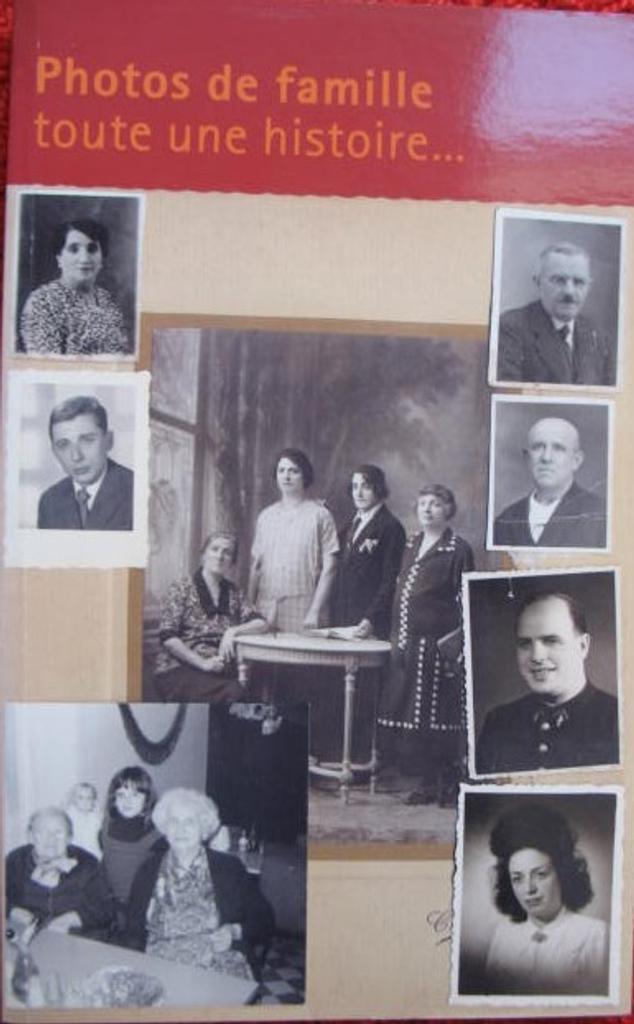 Photos de famille, toute une histoire / Valérie Perlès  